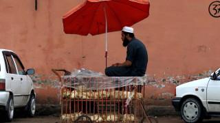 Пакистан се разбра с ислямистите - бойкотират френските продукти