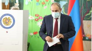 Приключиха предсрочните избори в Армения