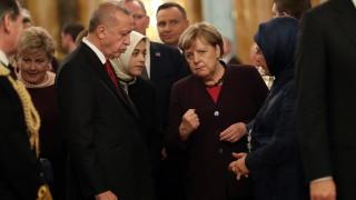 Меркел обсъди Либия в отделни разговори с Путин и Ердоган