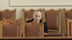 Дали сексуалното образование на децата ни не е закъсняло, пита министър Вълчев