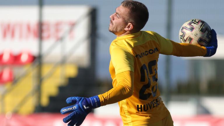 Националният вратар Пламен Илиев най-вероятно ще напусне Лудогорец след края