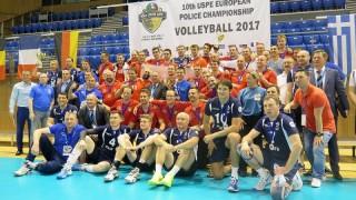 Българските полицаи останаха на европейския волейболен връх