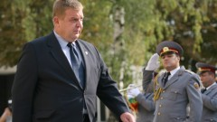 """""""Воля"""" обвиниха Каракачанов, че не познава логото на ВВС"""