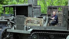 Веселия и войнишка боб чорба за Деня на храбростта в НВИМ