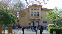 Няма нарушения при предлагането на безплатни закуски във Варненските училища
