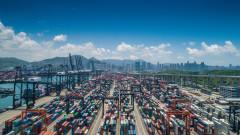 Търговският излишък на Китай се изстреля, въпреки търговската война