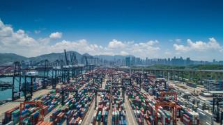 Износът на Япония се срина с двуцифрен темп, което обещава продължителна рецесия