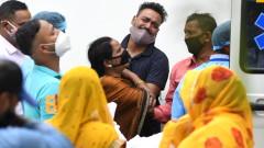 Индия с нов черен рекорд - над 2000 починали и близо 300 000 заразени
