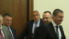 Борисов нареди на Порожанов да заминава за районите с чума по животните
