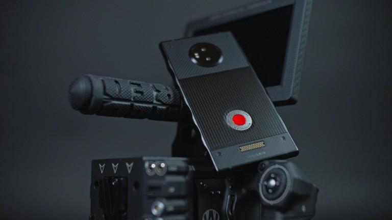 RED готви 3D камера за смартфона си