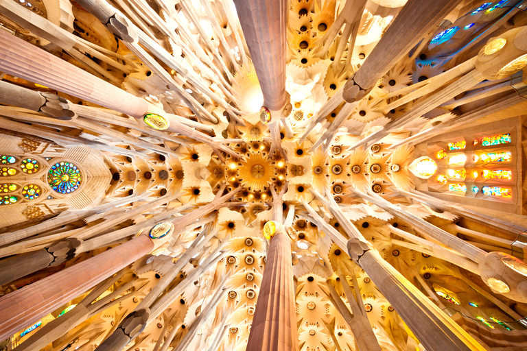 Sagrada Familia отвътре