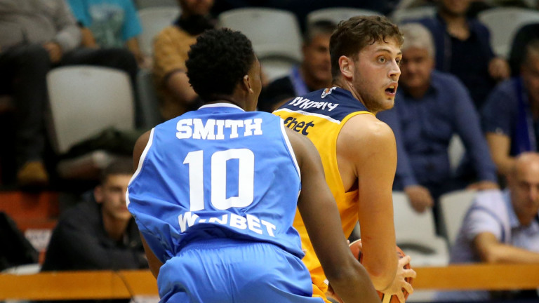 Баскетболният гранд Левски Лукойл има нов спонсор. Това е букмейкърската