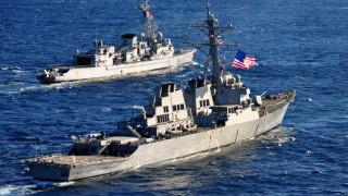 Пентагонът предупреди корабите на САЩ да не бъдат доближавани в международни води