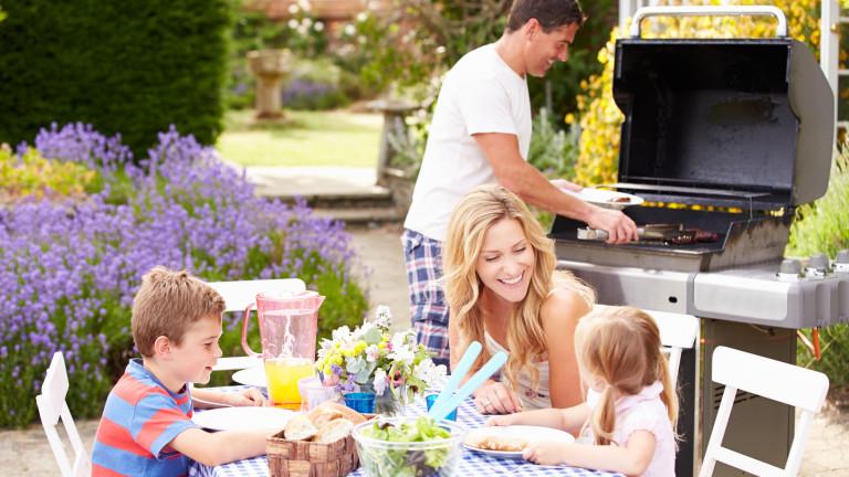 Как да преобразим двора за топлите месеци