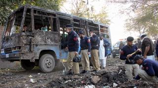 Серия от нападения срещу автобуси в Пакистан