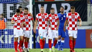 Хърватия загуби първото място след драматично равенство, Турция победи в 99-ата минута
