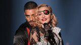 В колко си лягат Мадона и Малума