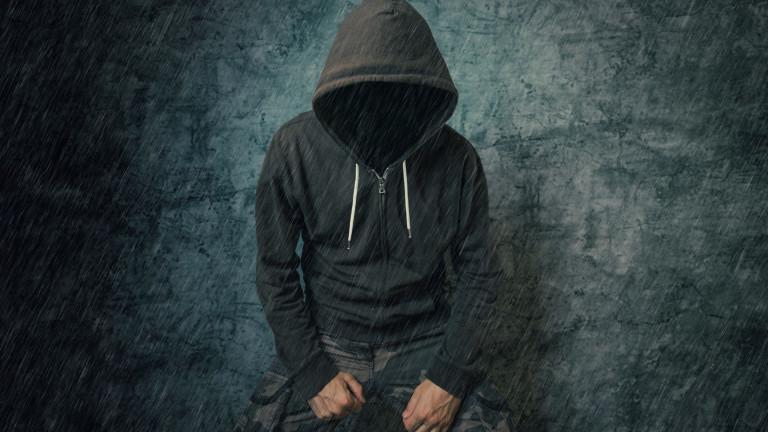 Задържаха двама непълнолетни за побой над момче в Бургаско