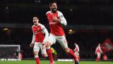 Оливие Жиру подписва нов договор с Арсенал