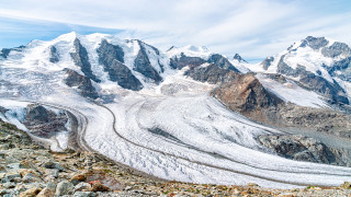 Рекордно малко сняг върху най-големия ледник в Алпите