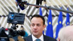 Коронавирус: Ирландия затваря училища и обществени заведения след смъртта на жена