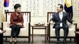 Президентът на Южна Корея с отстъпки, предложи на опозицията да избере премиер