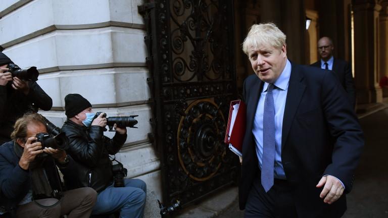 Великобритания сложи Манчестър под блокада, местни лидери искат финансова подкрепа