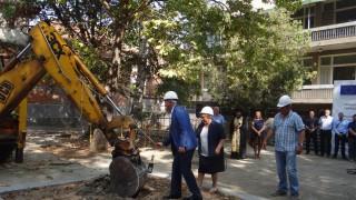 Обновяват със 100% европейски средства две ясли и детска градина в Ямбол