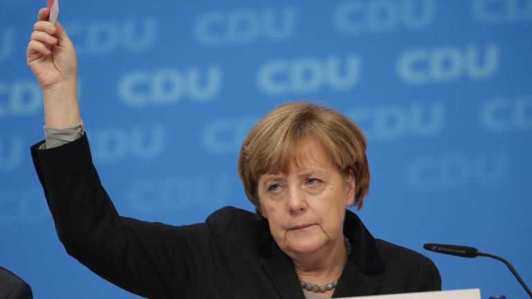 Християндемократическият съюз подкрепи политиките на Меркел за миграцията