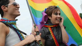 5 % от българите - хомосексуалисти
