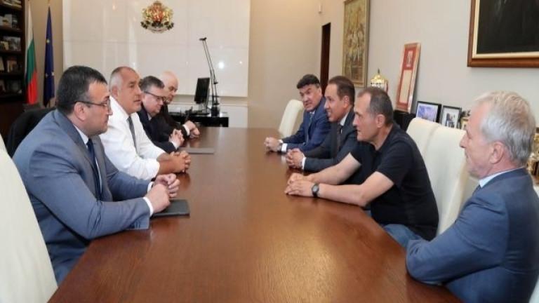 Ето какви решения се взеха на срещата на футболните босове с Бойко Борисов