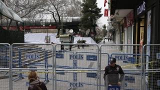 """Атентатът в Анкара е с почерка на """"Ислямска държава"""", категоричен балканист"""