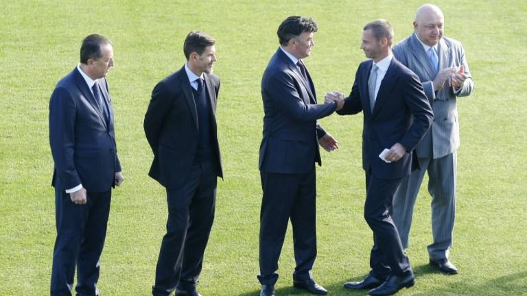 Президентът на УЕФА прие поканата на министър Кралев