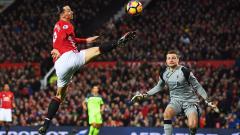 Шефовете на Юнайтед умуват за Ибрахимович