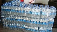 Ракия вместо минерална вода откриха митничари в ТИР