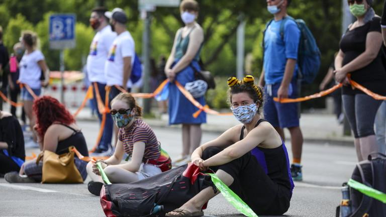 Германия може да въведе задължителни коронавирусни тестове за туристи, които