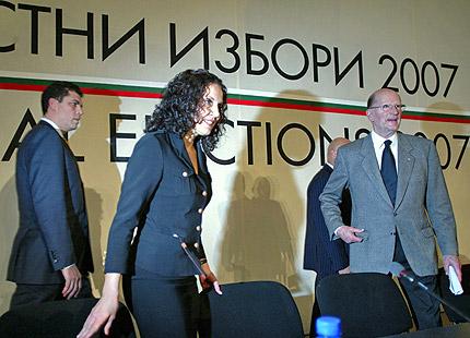 НДСВ иска референдум за задължително гласуване