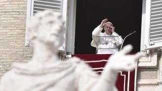 Италианската мафия е зло и парите им са оцапани с кръв, обяви папа Франциск