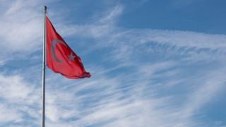 Безработните турци се увеличиха с 366 000 за месец