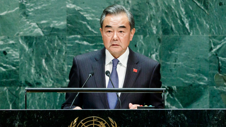Китайският външен министър планира да посети Япония още през октомври