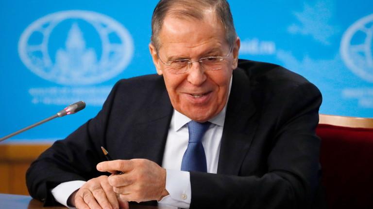 """Русия праща Лавров във Венецуела, """"противодейства"""" на санкциите на САЩ"""