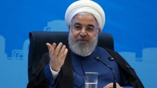 Рохани: Иран е готов да преговаря, но няма да капитулира