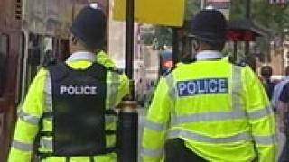 Английската полиция в акция срещу търговията с кокаин