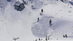 Предупреждават за значителна лавинна опасност, малко свличане на Мальовица