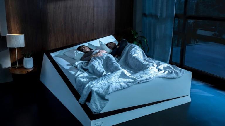 """Ford създаде легло, в което всеки си държи """"лентата"""""""