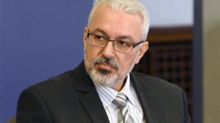 Здравният модел на Ананиев е нелеп, отсече Семерджиев