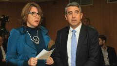 Евроизборите - решителни, но и застрашени, тревожи се Плевнелиев