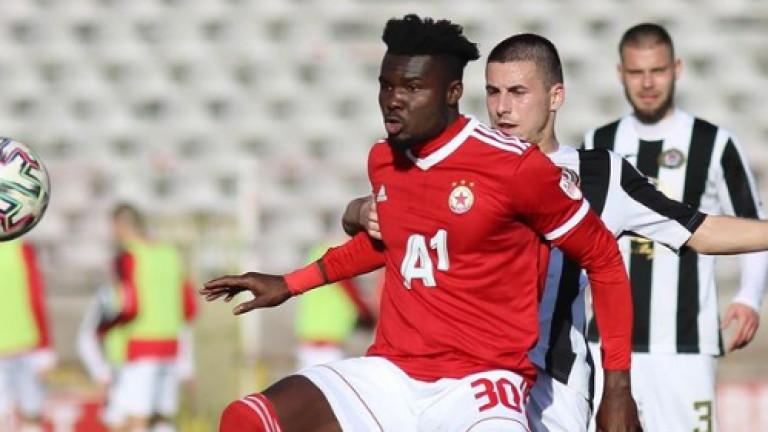 Жорди Кайседо повежда атаката на ЦСКА срещу Черно море