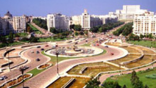 Държавните служители пълнят бюрата по труда в Румъния
