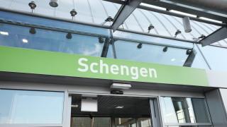 ЕК се консултира за бъдещето на Шенген